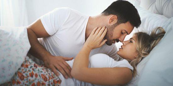 Online dating με κάνει να αισθάνομαι ελκυστική