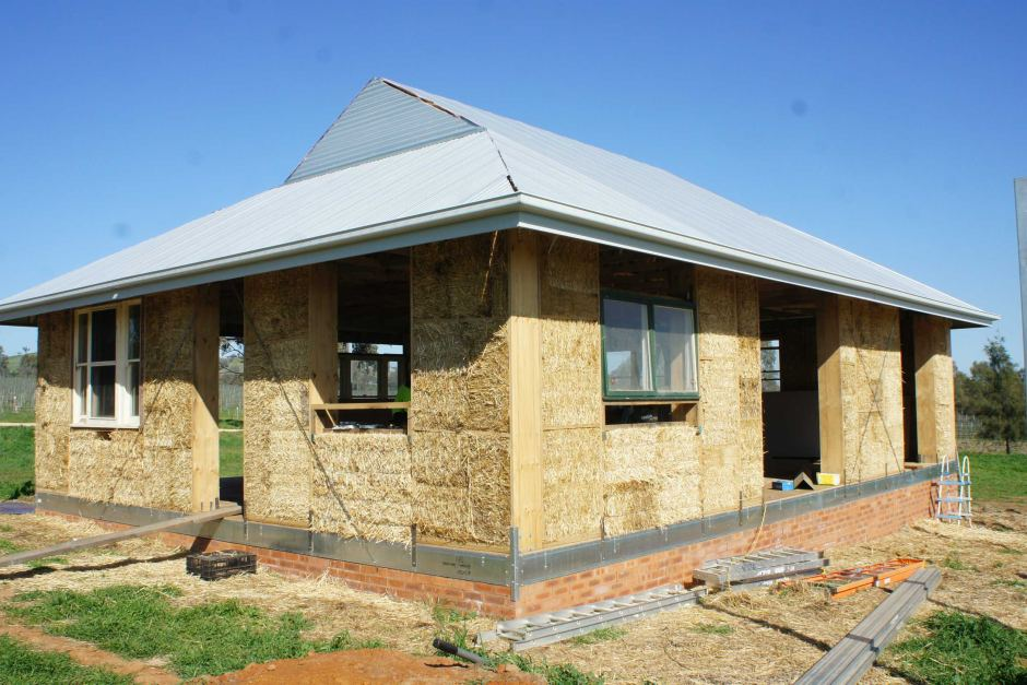bale house
