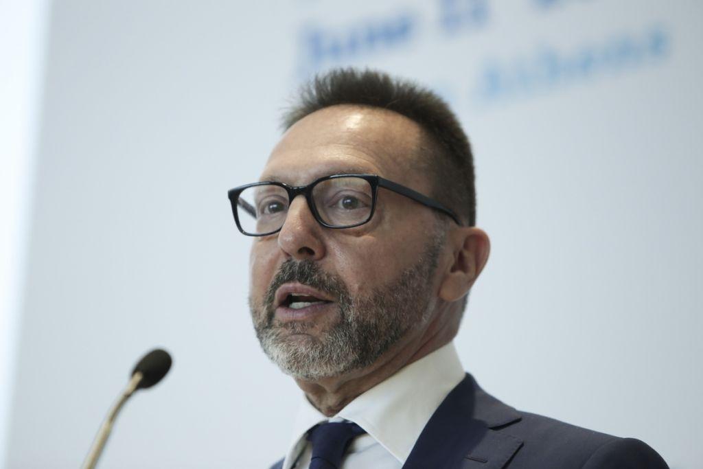 Στουρνάρας: Επίτευξη πλεονασμάτων για το 2019 και το 2020
