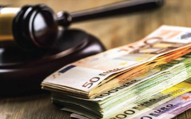 Κατάσχεση στους 2 από τους 3 οφειλέτες με χρέη €500 και άνω