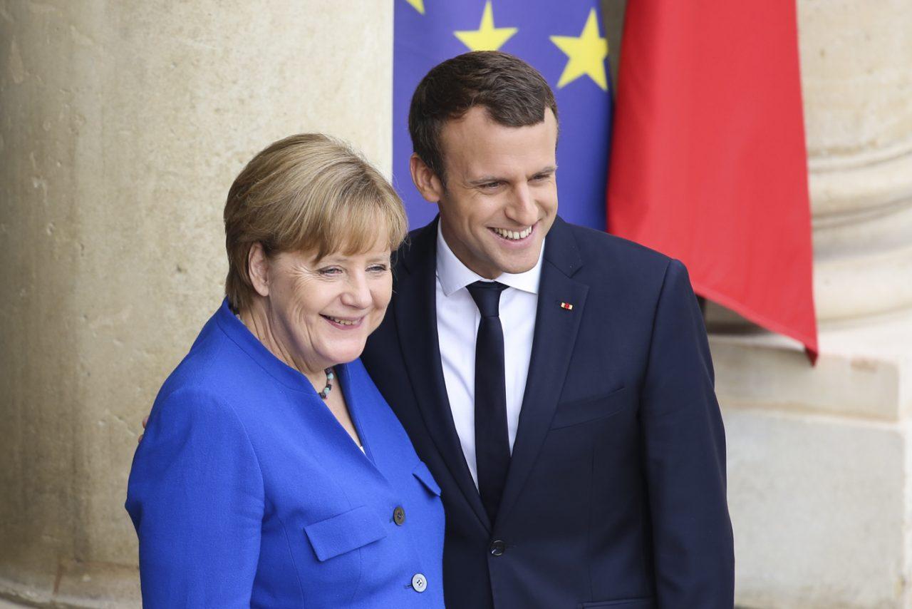 Ταμείο Ανάκαμψης: Διστακτικό «ναι» στη γαλλογερμανική πρόταση – Ανταρσία ετοιμάζουν οι «σκληροί» της ΕΕ