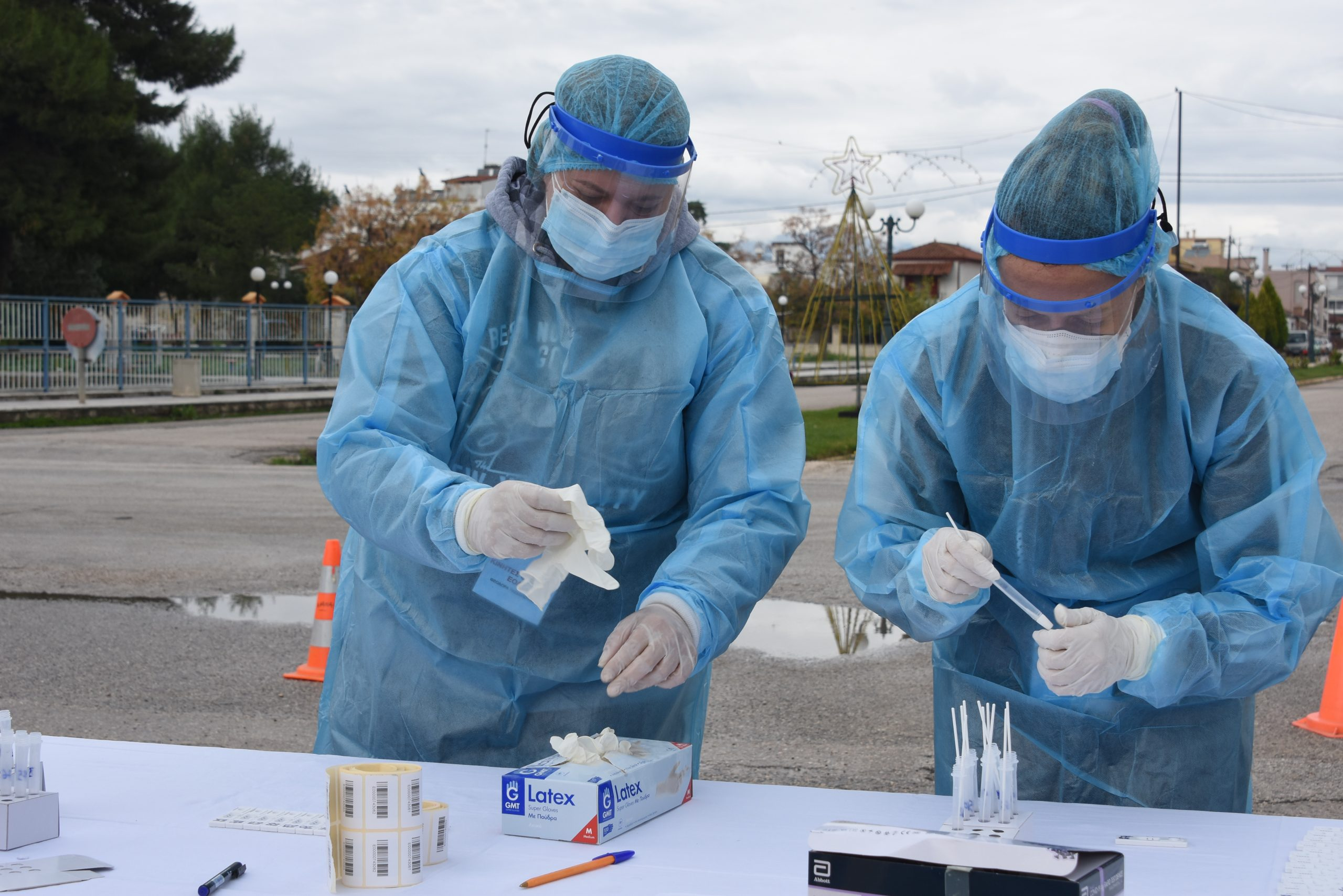 Κορονοϊός : Μαζικά δωρεάν rapid test για τον κορωνοϊό σε Μαυρομμάτι και Λεοντάρι