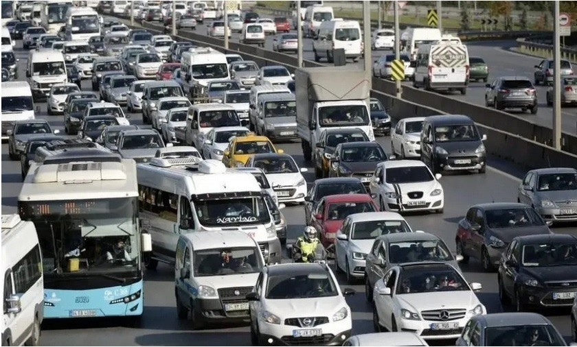 Τουρκία: H υποτίμηση στην τουρκική λίρα έφερε εκτόξευση στις πωλήσεις αυτοκινήτων